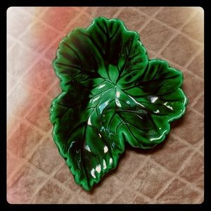Vintage Emerald Green Leaf Ceramic Trinket Bowl